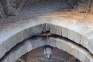 Detalle la puerta del Sol en Toledo III