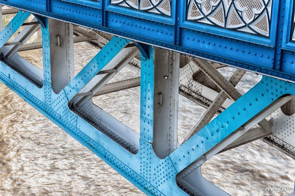 Detalle del puente de la Torre