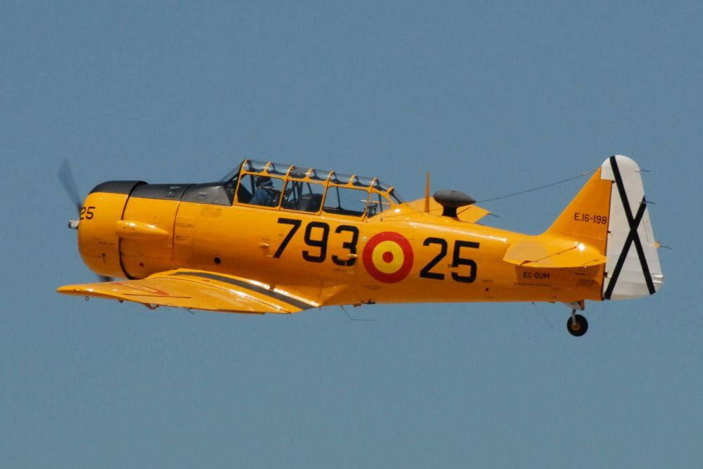 North American T-6 Texan DUM III