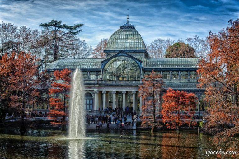 Palacio de Cristal en otoño