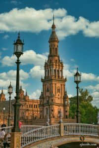 Torre Sur de la plaza de España